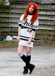 Heather C - Primark Ohio Life Tee, Turtle Neck Crop Top, House Of Holland Henry Knee Highs, Topshop Wedge Sneaker/Trainers - House Of Holland Life