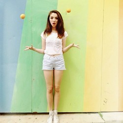 Emma Noelle - You Go Glenn Coco Crop Top, Guess? Blue Destroyed Shorts, Converse White Hightop - Wait For The Summer