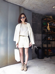 A GIRL - Zara Blazer, American Apparel Short Pants, American Apparel Belt, Asos Shades - WHITE REFRESHED ME