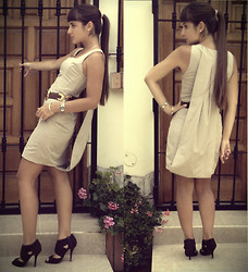 "Karina Giannoni - Vintage Moms Belt, Forever 21 Short Dress With Incorporated ""Tail"", Cutesy Girl Heels - BUSINESS BREAKFAST"