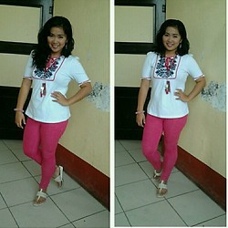 Trixie Manlangit - Kamiseta Sweet Printed Top, Soul Lifestyle Jeggings - Sweet in white and pink