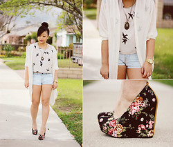 Joanknee C. - Floral Wedges - Spring, This Feeling