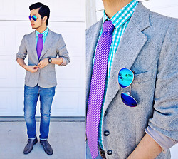 Shawn C. - Zara Skinny Jeans, H&M Checkered Shirt, Forever 21 Mirrored Sunglasses, Timex Vintage Watch - Mirrored