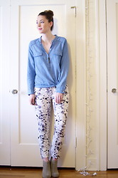Kelly M. - Old Navy Chambray Blouse, Mossimo Floral Print Pants, Mossimo Suede Ankle Boots - Printed for spring