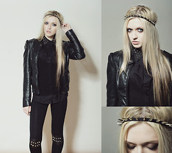 Anya Anti - Ebay.Com Studded Knee Leggings, Selfmade Studded Collar Shirt - Fight for your right