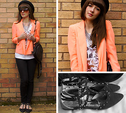 Tasha Hinde - These Folk Copious Cats Tee, River Island Fluoro Blazer, Missguided Studded Flats, River Island Jeans, H&M Sunglasses, Primark Spike Necklace - Copious Cats
