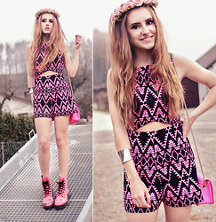 Jessica Christ - Motel Cut Out Aztec Print Playsuit, Dr. Martens Hincky Boots, Merrin And Gussy The Electric Hour Bangle, Nowistyle Neon Pink Bag, Crown And Glory Rose - PINK LOVER. ♡