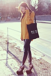 Jane Dean - Iclothing Shoes, Black Milk Clothing Leggings, Bag, H&M Sweater - TOO MUCH!