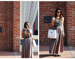 Aloap R. - Maxi Skirt, Tory Burch Flats, Black And White Open Back Top - I've Just Seen A Face
