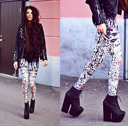 Caroline Roxy - Lovely Sally Skull Leggings, Jeffrey Campbell Freda, Jofama Leather Jacket - You didn't catch me when I fell.