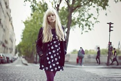 MYRIAM MARSH - Asos Apple Dress, H&M Black Jacket, Purple Tights - One Apple a Day Keeps the Doctor Away