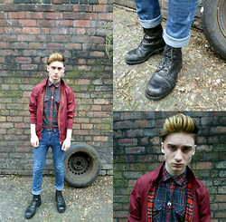 Mark Alex Powell - Harrington Jacket £3, I Dont Even Know Whos They Are Denim Jean, Raiders Vintage Black Boots £12, Ebay Eye Necklace ,, Primark Shirt £1 - Degenerate Young Rebel