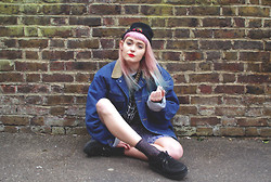 Tori West - Urban Outfitters Socks, My Boyfriends Denim Jacket, Schuh Creepers, Square Clothing Jumper - Daughter of Leon