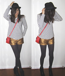 Giovanna C. - Striped Sweater, Gold Shorts, Black Fedora, Gray Nylons, Black Wedge Shoes, Red Purse - The black stripes