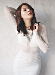 Marie Schöniger - Axparis Dress, Romwe Necklace - White mesh long sleeve dress