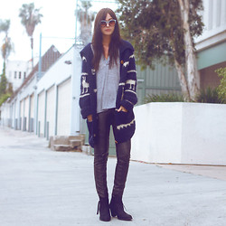 BRIT N. - Vintage Llama Sweater, Urban Outfitters Faux Leather Pants, Vintage Tshirt, Topshop Boots - LLAMA SWEATER