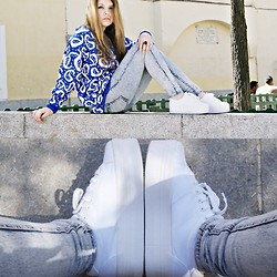Mafe Sterling - Jeffrey Campbell Shoes, H&M Jeans, Vintage Sweater - JC