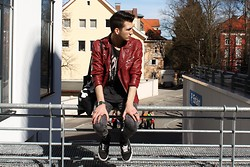 MATTHIAS G. - Zara Leather Jacket, Weekday Shirt, Vans - SPRINGFEELINGS.