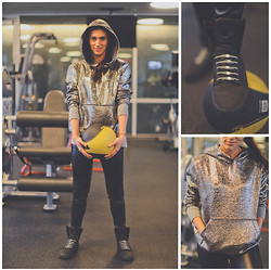 Mariquel Waingarten - Supra, Hickies Gray Laces, American Apparel - Getting My Sweat On