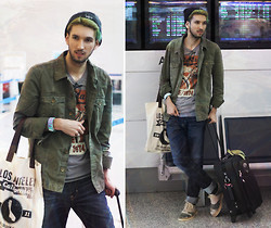 Bobby Raffin - Big Star Recon Jacket, Big Star Graphic Tee, Big Star Archetype Slim Fit, Dr. Martens Camo Shoes, P & Co Clothing Beanie, Offyourface Festive Bracelet - Airport Attire
