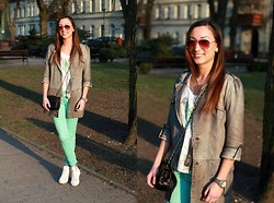 Ula H - Converse Sneakers, Zara Jeans, Gil Santucci Leather Coat, Aldo Sunglasses, Chanel Bag, Triwa Watch - Converse day