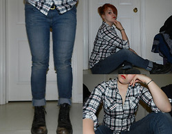 Jakki DesLauriers - I Think It Was Zellers Rip Inverted Black Watch Plaid, Brody Cuffed Jeans, Biltrite Parade Boots, Tim Hortons Belt - Skin jeans