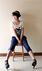 Yunita Yapi - Brown Bowler Hat, Black Apple Shirt, Navy Pants, Peep Toe Heels - Make You Feel Better