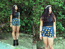 Natalie Chui - Jeffrey Campbell Freda, Diy Crop Top, Diy Floral Headband - I'M ONE