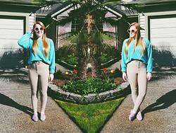 Anna Elise - Mint Jumper, American Apparel Riding Pants, Forever 21 Gold Chain, Circle Sunnies, Steve Madden Colorful Loafers - Para Para Paradise