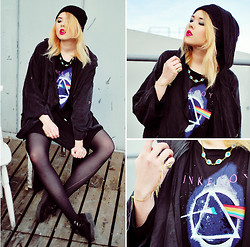 Paula Ilona Viktoria - H&M Beanie, Favordeal Eye Necklace, 5preview Jacket, Cichic Pink Floyd Dress, Favordeal Bird Skull Ring, Favordeal Bracelet Ring, Underground Creepers - DARK SIDE OF THE MOON.