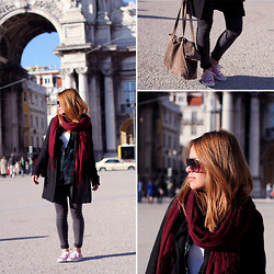 Teetharejade .com - H&M Scarf, Zara Coat, Zara Flannel Shirt, Topshop Acid Washed Skinnyjeans, Converse Sneakers, Zara Leather Shopper, Granite Shades - At praça do comércio