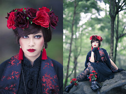 Andrea Ladstätter - Lime Crime Red Velvet Lipstick, Hand Made Red Flower Crown, An*Tai*Na Mary Jane Platforms - Oriental Queen