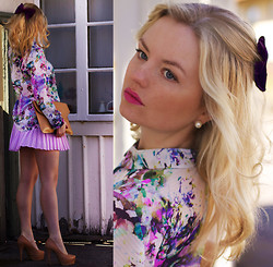 Elin Hansson - H&M Floral Shirt, Gina Tricot Pleated Skirt, Clutch, Heels -  ♥ BOW ♥