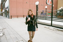 Jude Olszewski - Switzerland American Flag Scarf, Joe Fresh Olive Green Sheer Tights - I LIVE IN A GRUNGY CITY