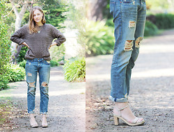 Olivia G - Free People Boyfriend Jeans, Vintage Heels - Knit weather