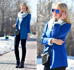 Anna Midday - Sheinside Coat, Giant Vintage Sunglasses, Asos Bag - Blue sunglasses made my day!