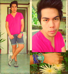 Jace Amornkuldilok - Folded And Hung Fuchsia Purple V Neck Plain Shirt, Sm Department Store Shorts, Skechers Trainers, Swatch Sky Blue Graphic Print Wristwatch, Diy Chain With Blue Ribbon Bracelet - I Don't Know About You But I'm Feeling 22