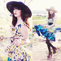 Rachel-Marie Iwanyszyn - Panama Gaucho Hat, Maggy London Floral Print Dress, Matiko Heels - IN FULL BLOOM.