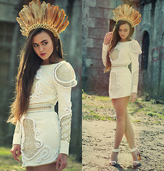 Klaudia Klara - Handmade Dress, Reserved Sandals, Handmade Golden Plume - Limit to your love