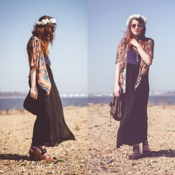 Alexis Nigro - Diy Flower Crown, Mossimo Black And Brown Wedges, Forever 21 Black Maxi Skirt, Brandy Melville Usa Crystal Dagger Necklace, Urban Outfitters Heart Shaped Sunglasses, Eyeshadow Secondhand Floral Cardigan - Floral Festival