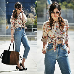 Laura Views - Obey Shirt, Rocco Barocco Vintage Jeans, Yes Walker Bag - Feeling the Spring