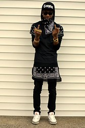 Kris Hilton - Trap Central Clothing Bandana Shirt, H&M Hooded Shirt, H&M Pants, Cement 3 Jordans, Ray Ban Glasses - Unfuckwitable