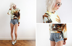 Sietske L - Breaking Rocks Sweater, Sheinside Distressed Shorts, Romwe Shades, Dr. Martens Shoes - Palmtrees on my sweater