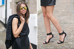 COCO CHIC - Freyrs Mirror Sunglasses, Topshop Leather Jacket, Frontrowshop Dungadress, Nelly Sandals - Dungadress