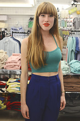 LowCostSirene Sirene - American Apparel Crop Top, American Apparel Pants - Shades of blue