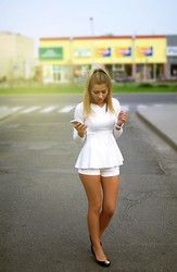 Keidy Kelen - Sammydress Top, Romwe Shorts - Totally white one more time
