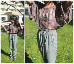 Sneha Bee - Papaya Mesh Top, Silvian Heach Trousers, Urban Outfitters Spin Necklace, Forever 21 Gladiator Sandals, Lace Bandeau - Your said serenity