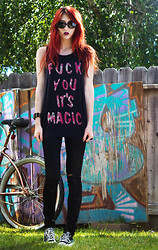Alexa Puzderová - Feather Hearts Tee Shirt, Blank Black Skinny Jeans, Converse Low Rise, The Cobra Shop Sunglasses - Fuck You It's Magic