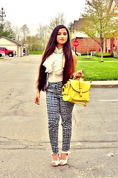 Rumela Dey - H&M Pant, Persun Handbag - Nice and bright.