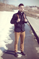 Никита Соболев - Mexx Blue Jacket, Hand Made Bowtie, Ben Sherman Chino, G Star Chukka Boots, Timex Watch With Nato Camo Strap, Hilfiger Denim Oxford Shirt, Topman Backpack - Spring thaw